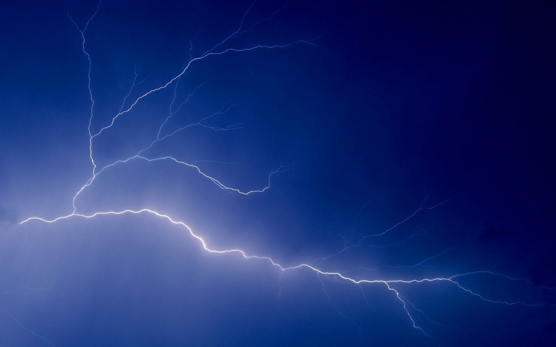 Blue Lightning wallpapers x Free mobile wallpapers